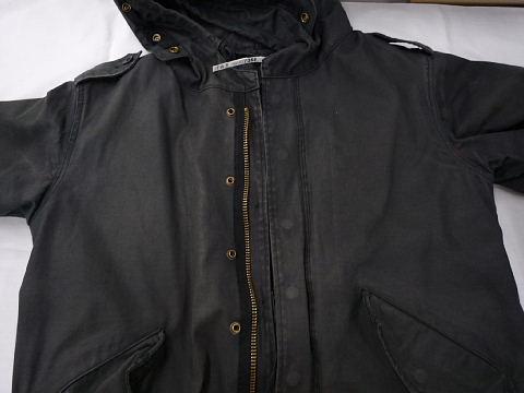 色あせた綿コートを真っ黒に染め直し